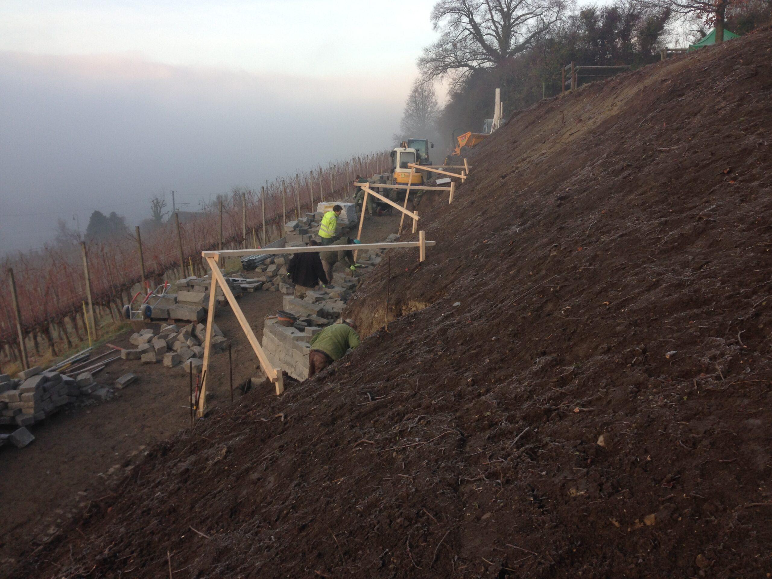 Bau Trockensteinmauer